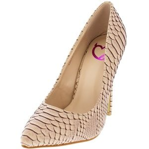 Wild Diva Shoes - Callie Beige Textured Snakeskin Pump